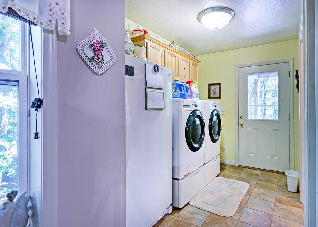 Laundry main home washer and dryer stays